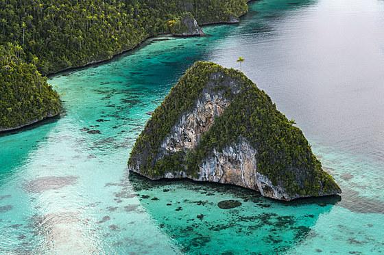 Rock Islands von Wayag / Panoramic View of Wayag